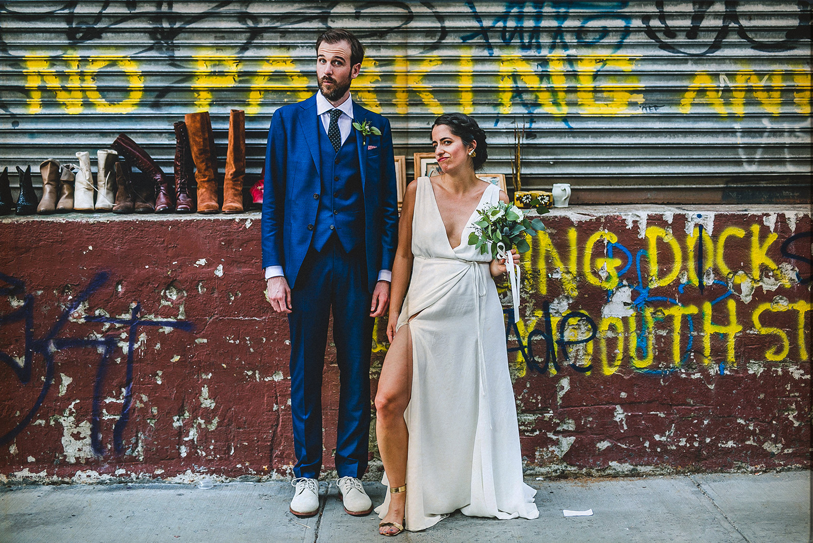 bride and groom photo shoot in the streets of dumbo new york