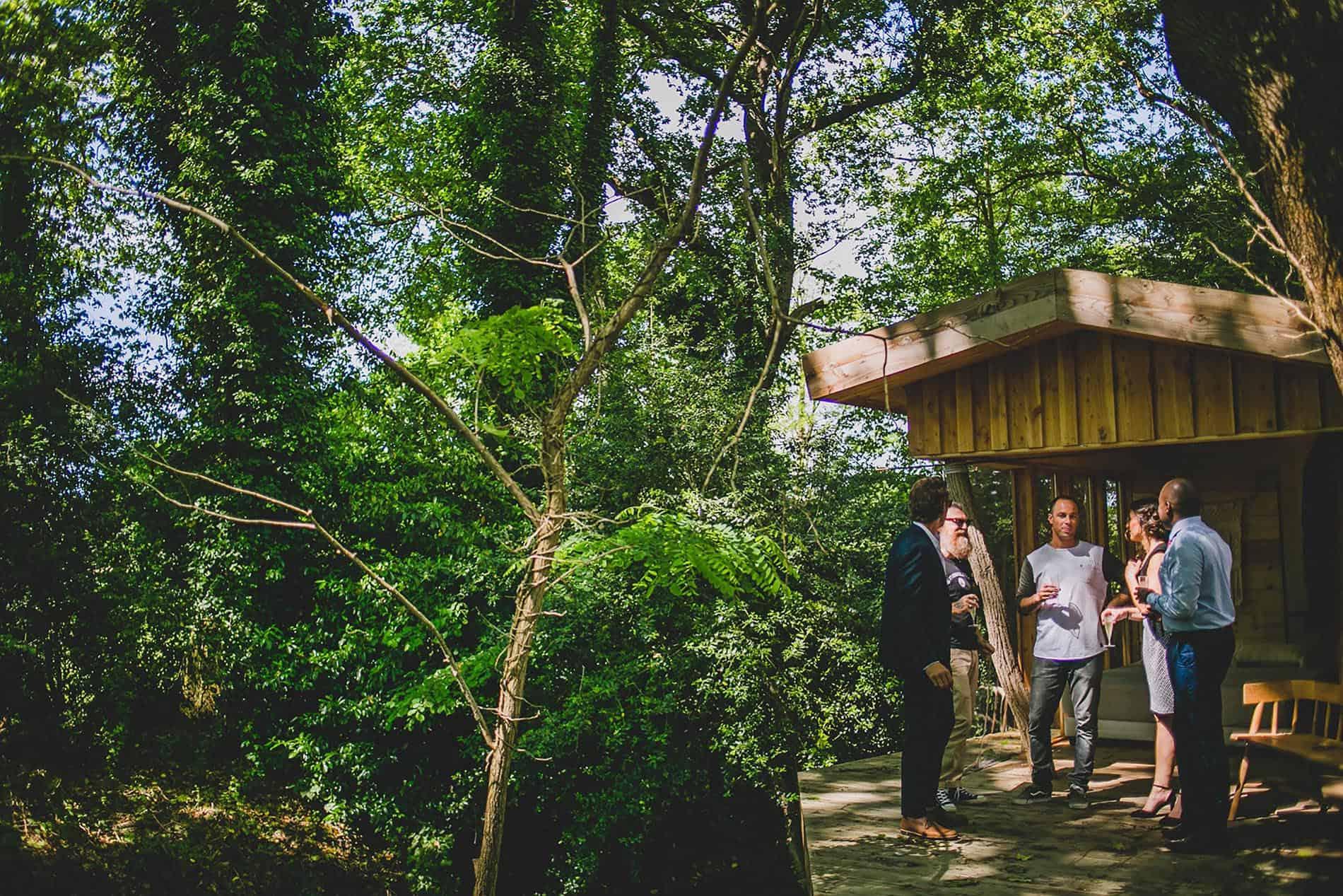 groom`s little cabin